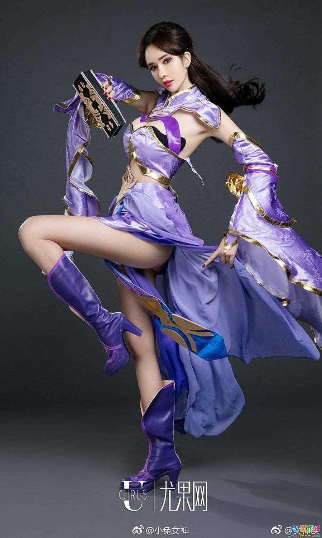 lol最新出的装备_王者荣耀:最美的紫霞仙子露娜cosplay,看了就不会觉得别的cos美了 ...